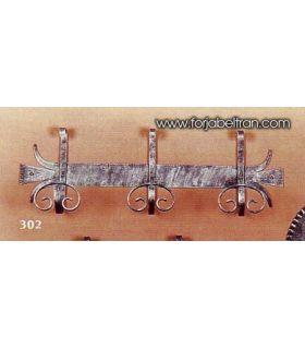 Acheter en ligne Patères en fer forgé: modèle P-302.