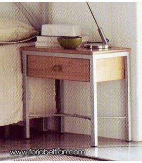 Acheter en ligne Tables de nuit en fer forgé: modèle TORONTO.