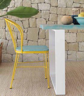 Acheter en ligne Chaise en fer forgé avec un siège en bois modèle TUDELA